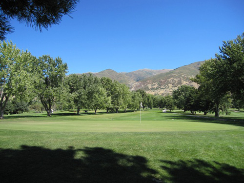 Davis Park Golf Course Thumbnail Image